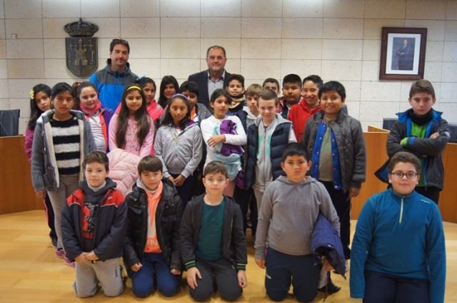 "Primary school pupils from the school ""San Jose"" in the program ""Know Your City"""