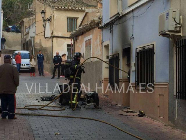 Los Bomberos sofocan otro fuego en Alhama de Murcia, Foto 1