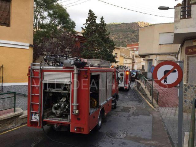 Los Bomberos sofocan otro fuego en Alhama de Murcia, Foto 2