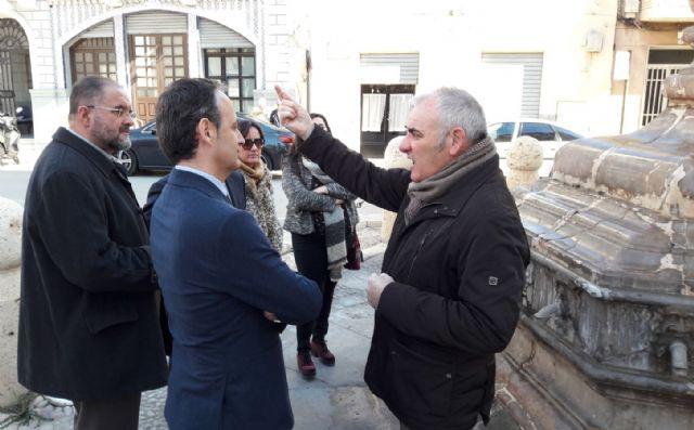 El consejero de Turismo y Cultura visita la Fuente Juan de Uzeta