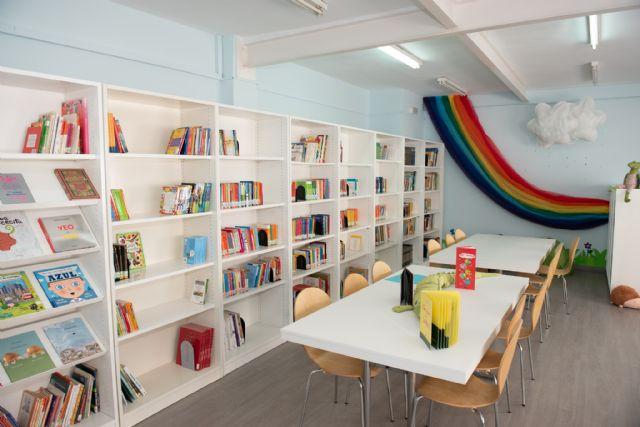 El CEIP Ginés García de Mazarrón ha inaugurado hoy su nueva biblioteca - 2, Foto 2