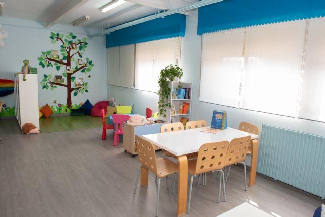 El CEIP Ginés García de Mazarrón ha inaugurado hoy su nueva biblioteca - 3, Foto 3