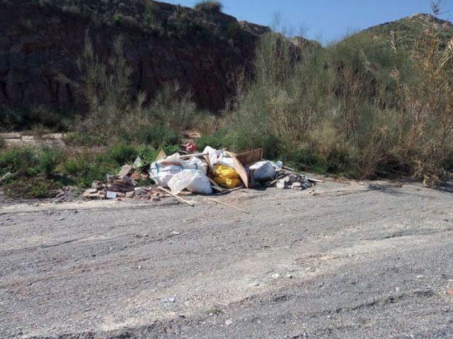 El Ayuntamiento solicita a la Confederación Hidrográfica del Segura la limpieza y vigilancia de los cauces que atraviesan el término municipal de Puerto Lumbreras - 3, Foto 3