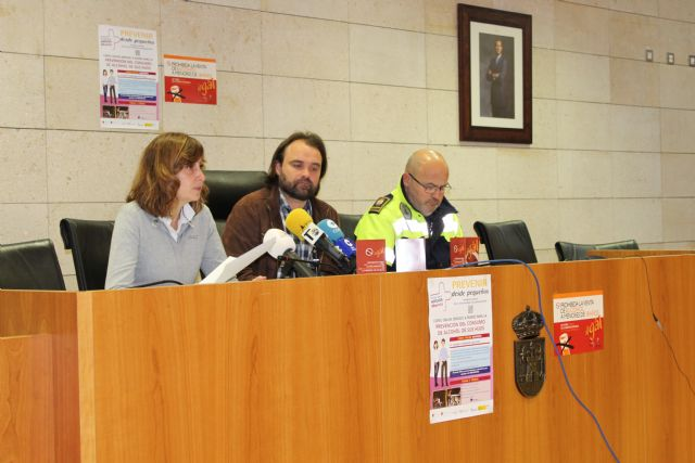 They promote an awareness campaign to prohibit the sale and consumption of alcohol to children under 18, on the occasion of Carnival and Holy Week, Foto 2