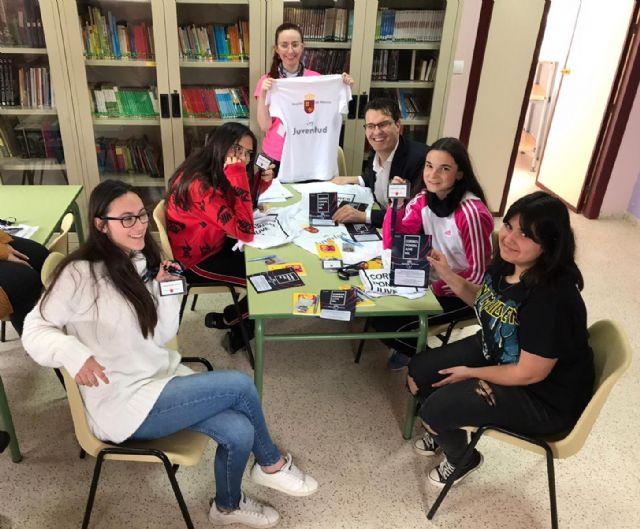 Ayuntamiento y CARM ahondan en la necesidad de mejorar la empleabilidad y ocio de los jóvenes - 2, Foto 2
