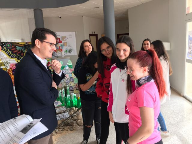 Ayuntamiento y CARM ahondan en la necesidad de mejorar la empleabilidad y ocio de los jóvenes - 3, Foto 3