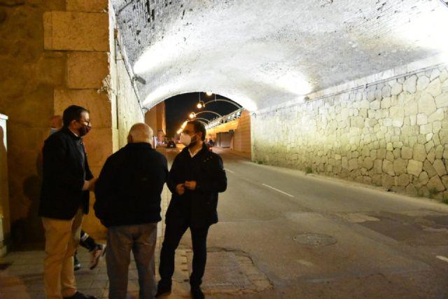 El Ayuntamiento de Lorca renueva la iluminación del 'Puente de los Carros' dando cumplimiento, así, a más de 5 años de reivindicaciones vecinales - 1, Foto 1