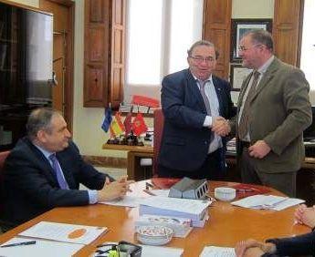El Ayuntamiento acuerda suscribir un convenio con la Universidad de Murcia, Foto 1