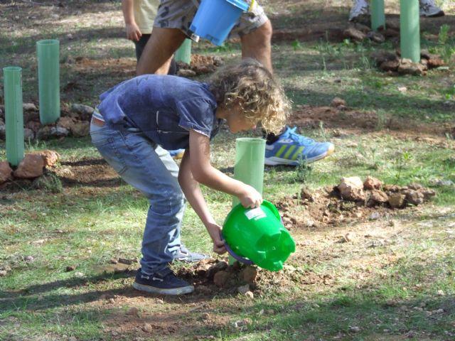 Desarrollan actividades en Sierra Espuña, Calblanque y Cañaverosa por el Día Internacional de los Bosques, Foto 1