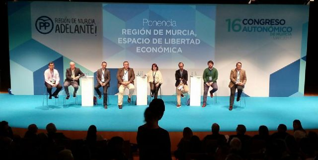 La presidenta y portavoz del PP de Totana, Isabel Maria Sánchez Ruiz, es designada nueva Secretaria Ejecutiva de Artesanía y Comercio del PP de la Región de Murcia, Foto 6
