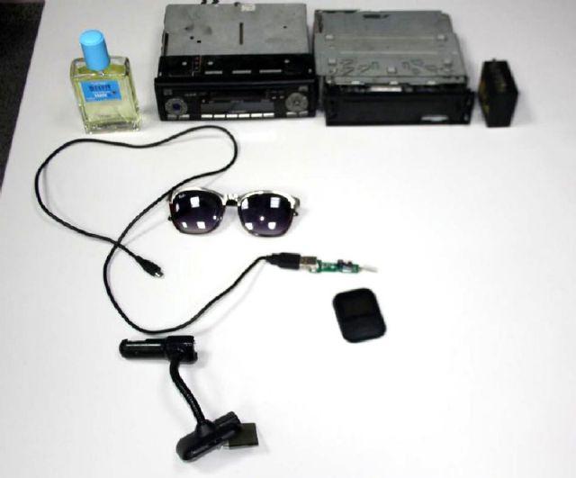 La Policia Local detiene a un individuo por robar un equipo de radio del interior de un vehiculo - 1, Foto 1