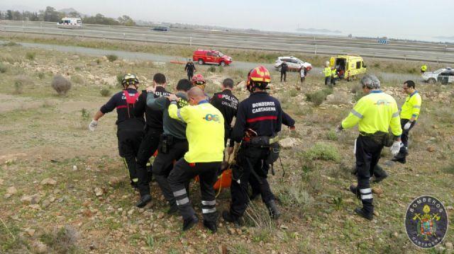 Rescatan a un senderista herido en el Cerro de San Gines - 1, Foto 1