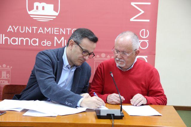 La Federación de Fútbol de la Región de Murcia dona tres desfibriladores al Ayuntamiento, Foto 4