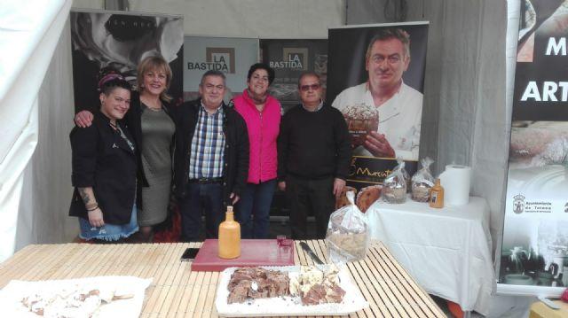 La II Muestra Artesana ha presentado este fin de semana productos alfareros y oficios artesanos varios a los visitantes, Foto 7