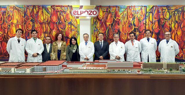 El embajador de Cuba en España visita las instalaciones de ELPOZO ALIMENTACIÓN, Foto 1