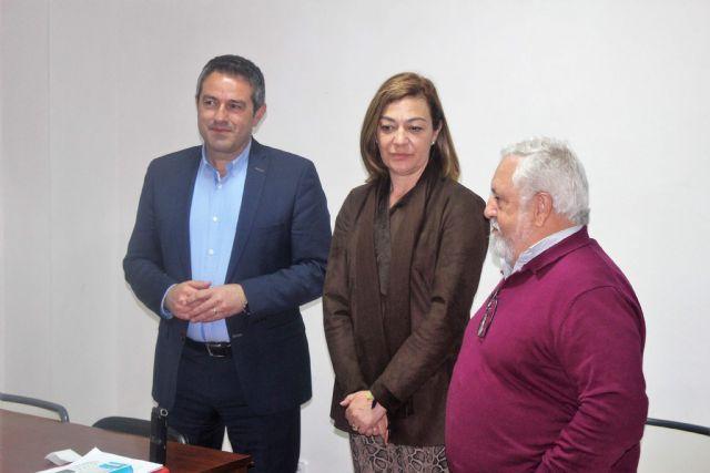 La directora general del SEF y el alcalde de Alcantarilla, visitan el programa mixto de empleo y formación sobre limpieza en espacios abiertos e instalaciones industriales desarrollado por la Obra Social Marista - 5, Foto 5