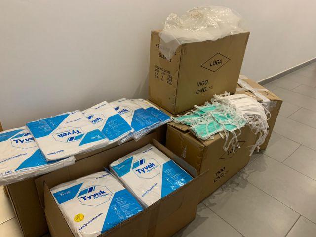 El Ayuntamiento de Lorca entrega 5.000 mascarillas protectoras a la gerencia del Área III de Salud - 1, Foto 1