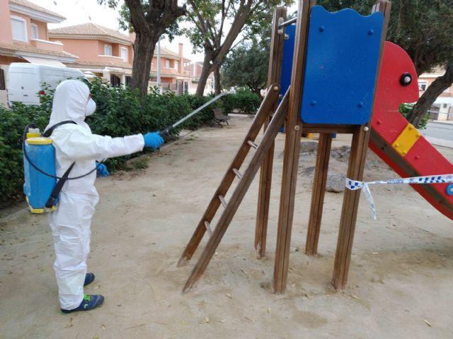 El ayuntamiento intensifica la desinfección y fumigación en Mazarrón, Puerto y pedanías contra el coronavirus, Foto 5