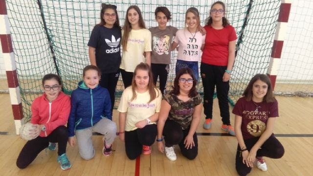 The Local Phase of Handball of School Sports starts with the participation of 320 students