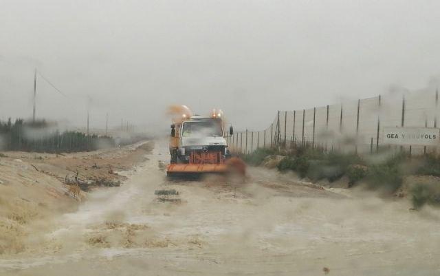 La Comunidad trabaja en la vuelta a la normalidad de 14 carreteras regionales afectadas por las lluvias