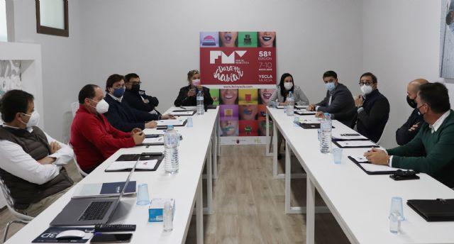 Remedios Lajara toma posesión como Presidenta del Comité Ejecutivo de la Feria del Mueble Yecla - 2, Foto 2