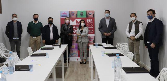 Remedios Lajara toma posesión como Presidenta del Comité Ejecutivo de la Feria del Mueble Yecla - 3, Foto 3