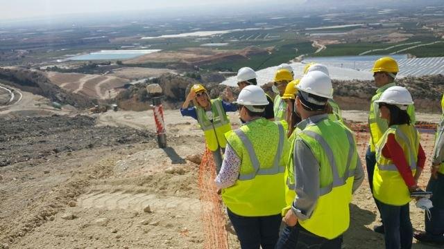 Los trabajos de emergencia en el vertedero de Abanilla permiten extraer cerca de 10.000 toneladas de lixiviados - 1, Foto 1