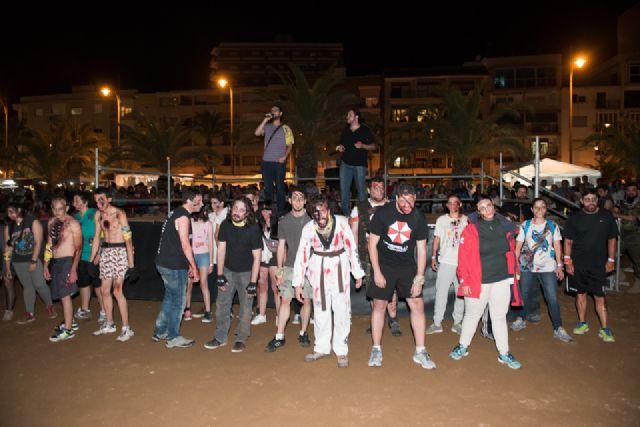 """""""Survival Zombie"""" ambienta la noche de Puerto de Mazarrón - 1, Foto 1"""