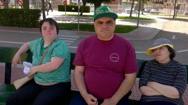 Los centros de Día para la Discapacidad del Ayuntamiento de Totana celebran una jornada especial de Educación vial, Foto 3