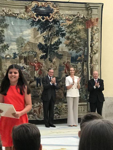 La alhameña Laura Paz recibe el 2° premio del Concurso de Pintura de Patrimonio Nacional de manos de la infanta Elena, Foto 5