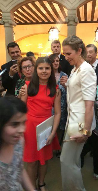 La alhameña Laura Paz recibe el 2° premio del Concurso de Pintura de Patrimonio Nacional de manos de la infanta Elena, Foto 7