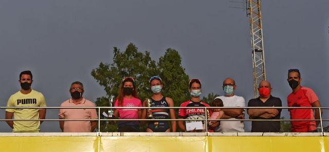 Victoria para Laura Durán y Bienvenido Ballester en el Triatlón de Cieza - 1, Foto 1