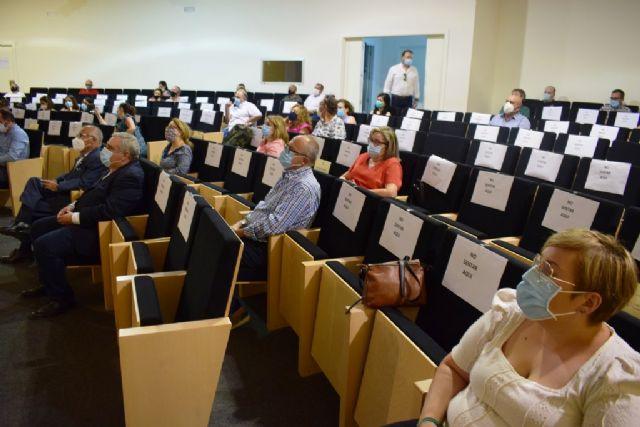 Mazarrón celebra una interesante jornada con información completa sobre la covid-19 relacionada con la seguridad laboral, Foto 3