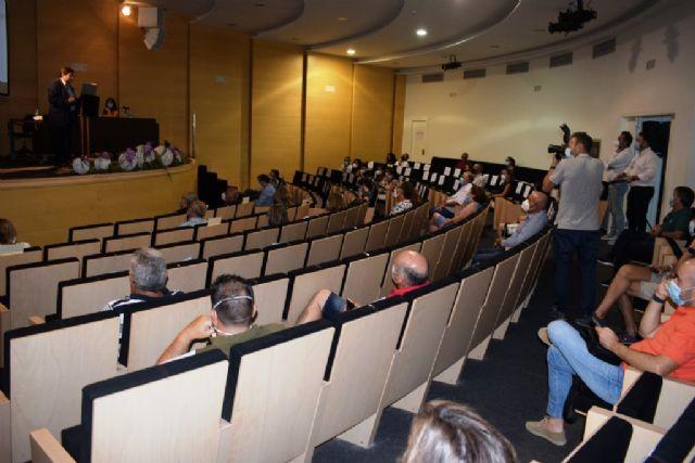 Mazarrón celebra una interesante jornada con información completa sobre la covid-19 relacionada con la seguridad laboral, Foto 4