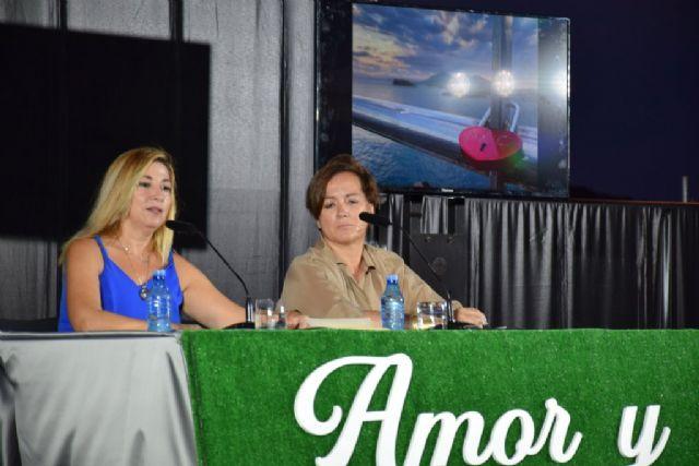 Silvia de Béjar enamora a los asistentes al ciclo