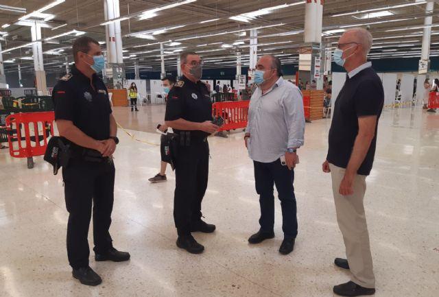 El Ayuntamiento convenia con el propietario del centro comercial Rambla nuevas medidas para mejorar la ventilación - 1, Foto 1
