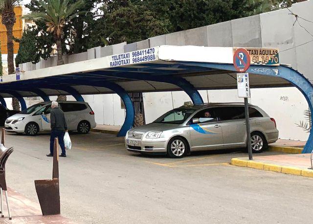 El Ayuntamiento de Águilas adjudica cinco nuevas licencias de auto-taxi - 1, Foto 1
