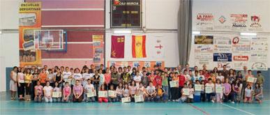 La programación de deporte escolar finaliza con más de cien jóvenes premiados
