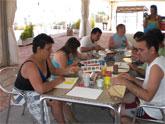Los usuarios del Centro Ocupacional descansan en la Granja-Escuela