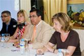 El alcalde de Mazarrón inaugura los cursos de 'Televisión' y 'Terapia celular'