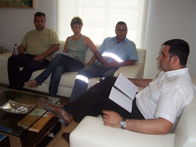 The mayor ended the round of talks with the unions of the City Council - 2