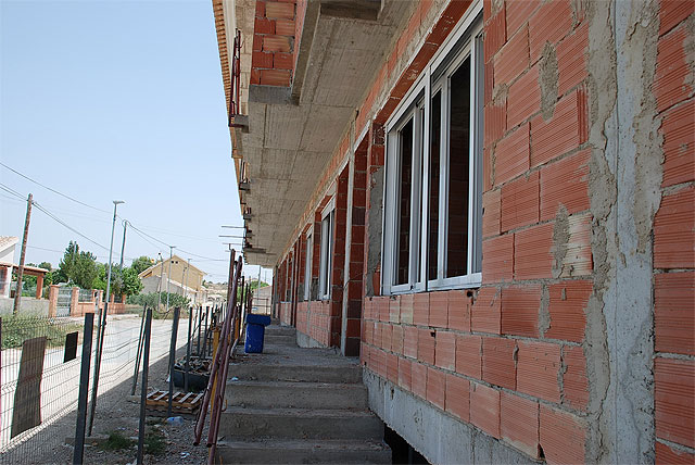 "8 homes Proinvitosa awarded the public promotion duplex being built in the hamlet of El Paretón "" - 2"