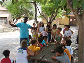 Los niños y niñas mazarroneros acampan en la granja escuela 'La Loma'