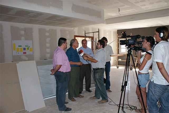 Puerto lumbreras el alcalde de puerto lumbreras visita las obras del nuevo hotel riscal - Hotel riscal puerto lumbreras ...