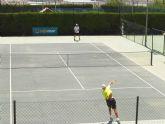 El Club de Tenis Totana mejora las instalaciones de su escuela de tenis