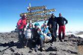 La Concejalía de Deportes felicita a los miembros del Club Senderista de Totana que recientemente ascendieron el Kilimanjaro