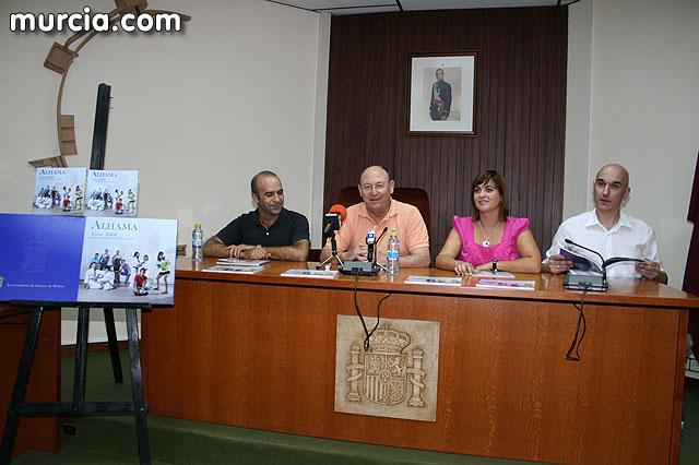 Alhama da inicio a sus fiestas patronales con la presentación del libro de las fiestas patronales, Foto 3