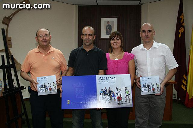 Alhama da inicio a sus fiestas patronales con la presentación del libro de las fiestas patronales, Foto 4