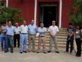 Concentraci�n silenciosa en la puerta del Ayuntamiento por el asesinato del brigada Lu�s Conde