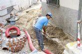 El ayuntamiento procede a la renovación de las calles del casco urbano
